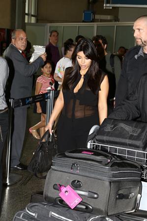Kim Kardashian - Touring In Brazil With Kanye West