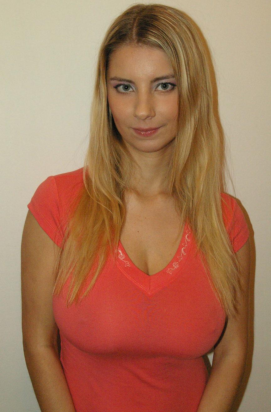 Katerina Hartlova Pictures. Hotness Rating = 8.57/10