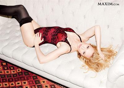 Beth Riesgraf in lingerie