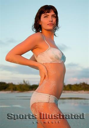 Sports Illustrated 2013 Swimsuit Edition Body Paint