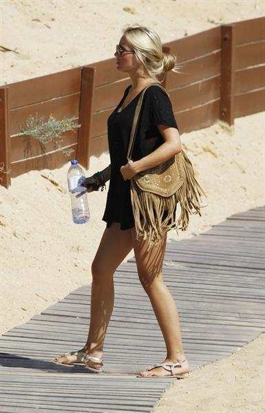 Alex Curran - Bikini candids spain - June 15, 2011