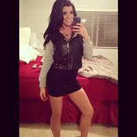 Romi Rain taking a selfie