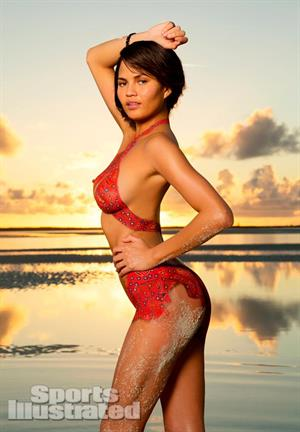 Sports Illustrated 2013 Swimsuit Edition. Chrissy Teigen in Body Paint