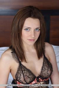 Niki Mey in lingerie