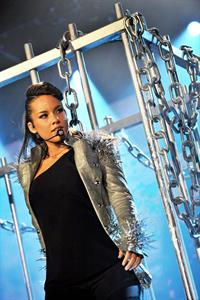 Alicia Keys performs in Anpwerpen Belgium on May 15, 2010