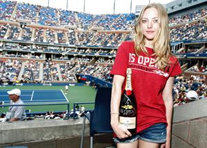 Amanda Seyfried attends the moet suite at the us open sept 5 2011