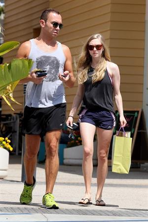 Amanda Seyfried Shopping In Los Angeles June 5, 2012