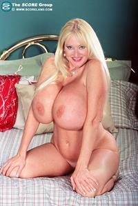 Kayla Kleevage - breasts