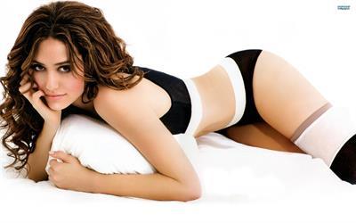 Emmy Rossum in lingerie