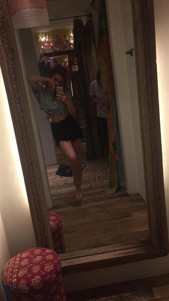 Ryan Newman taking a selfie