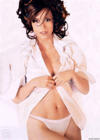 Jennifer Love Hewitt in lingerie