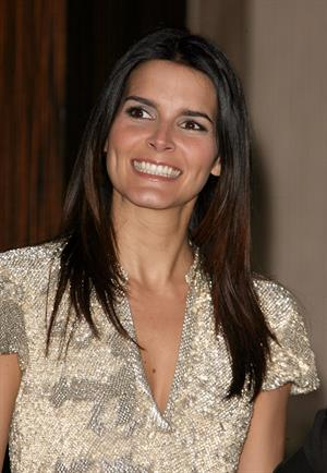Angie Harmon Alliance for Children's Right annual dinner gala in Beverly Hills on February 10, 2010