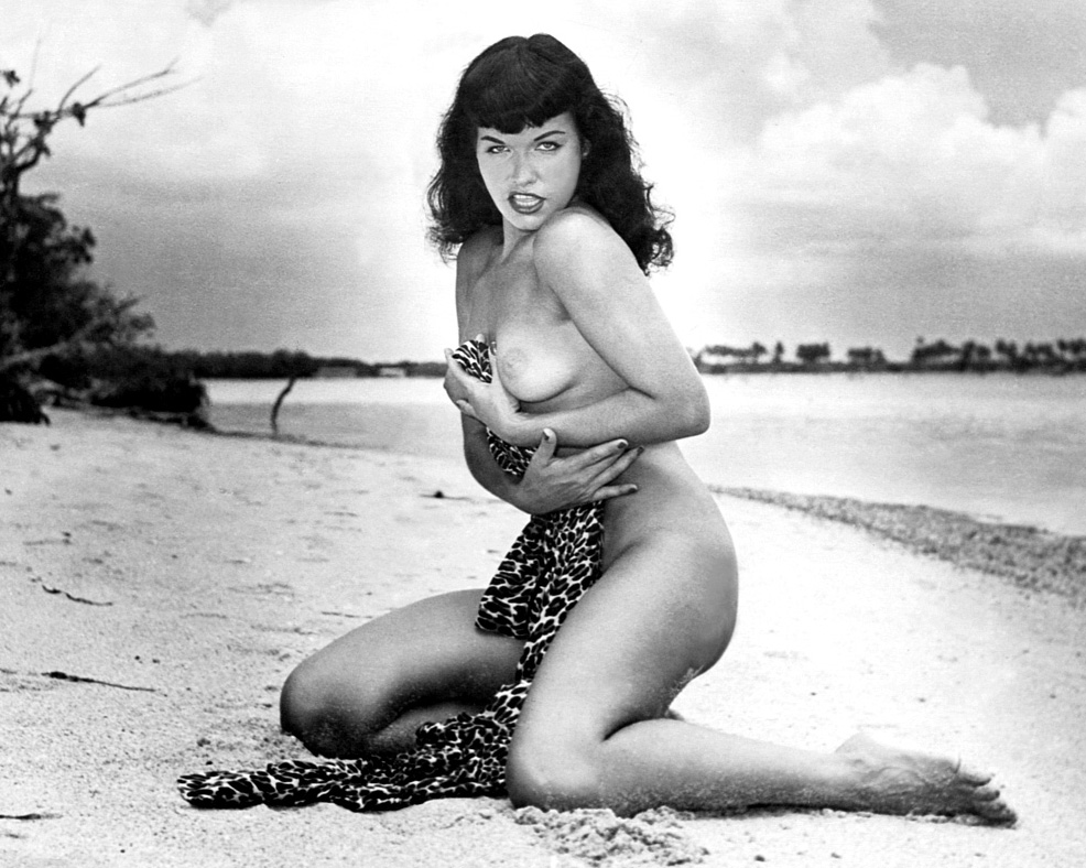 hot-bettie-page-nude
