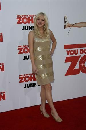 Anna Faris premiere of You Don't Mess With the Zohan