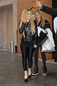 "Avril Lavigne – leaving ""Katie Couric"" show 11/7/13"