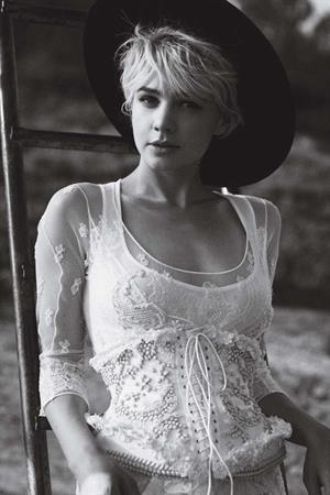 Carey Mulligan - Peter Lindbergh Photoshoot For Vogue