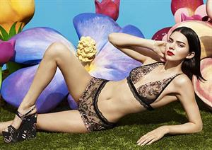 Kendall Jenner Does La Perla Good