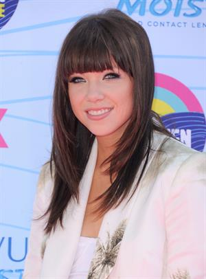 Carly Rae Jepsen - 2012 Teen Choice Awards in Universal City (July 22, 2012)