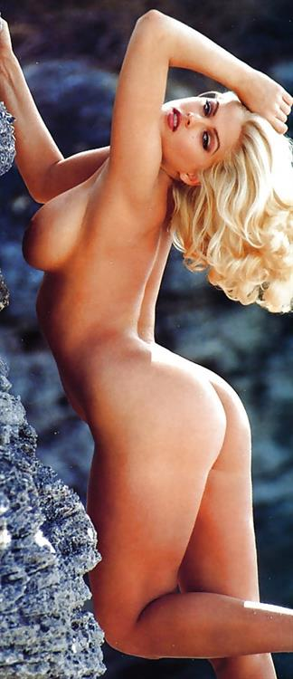 Anna Nicole Smith Nude Pictures Rating  87910-2002