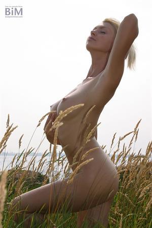 Maria Kenig, encore nudes (Body in Mind)