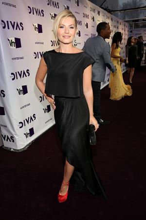 Elisha Cuthbert VH1 Divas 2012 in Los Angeles 12/16/12