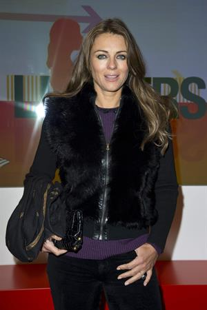 Elizabeth Hurley Screening of Tania Bryer's CNBC Interview with former President Bill Clinton in London