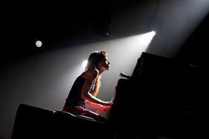 Fiona Apple - Performing at the Ryman - Nashville, TN - July 13, 2012