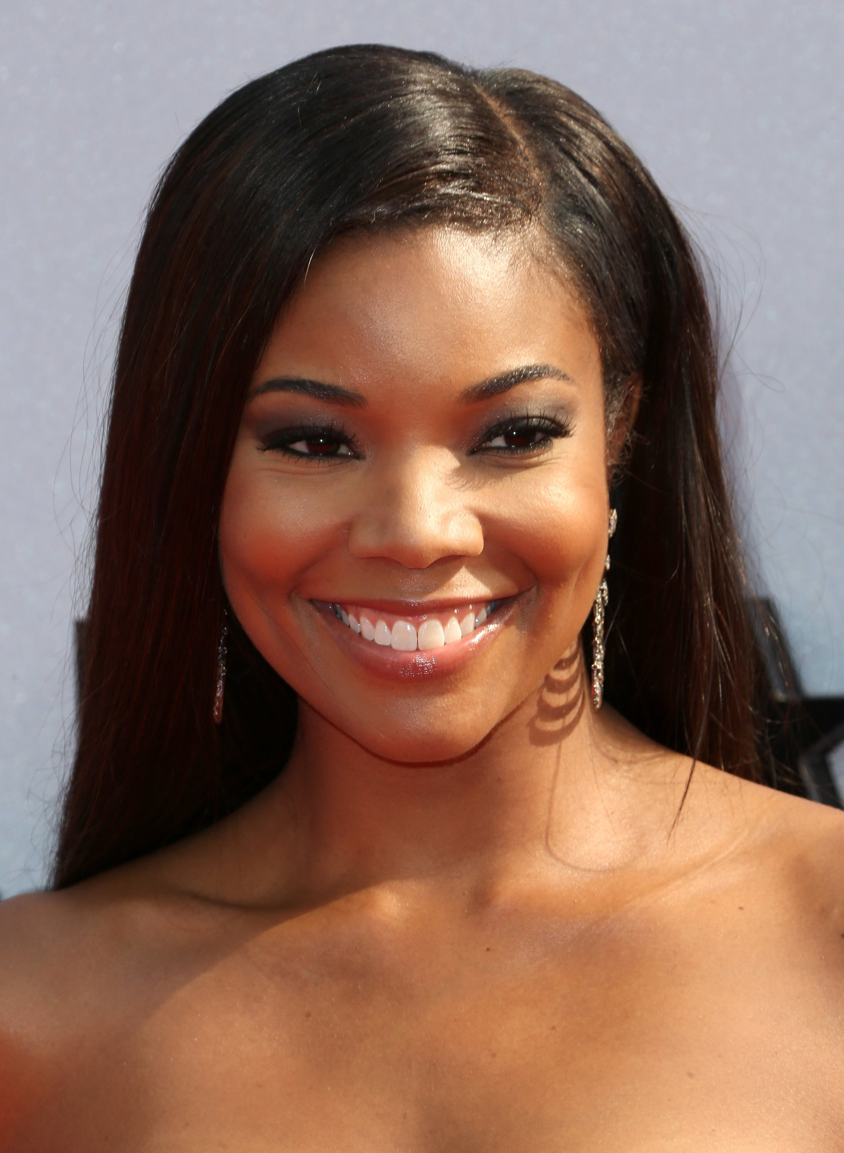 Gabrielle union short haircut