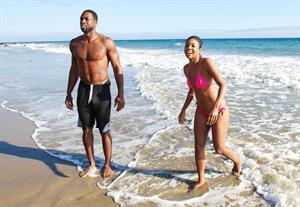 Gabrielle Union Enjoys a beach outing (September 21, 2013)
