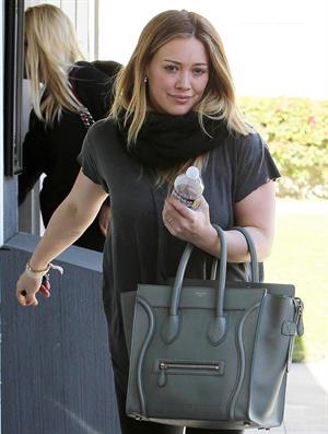Hilary Duff – leaving pilates class in LA 1/15/13