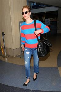 January Jones - Los Angeles International Airport (07.05.2013)