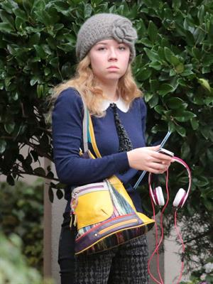 Jennette McCurdy leaving her hotel in Vancouver 11/1/12
