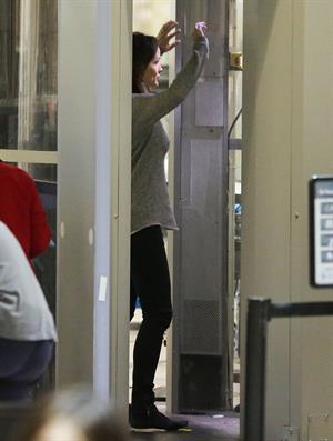 Jennifer Garner Departs LAAirport in L.A. (November 14, 2012)