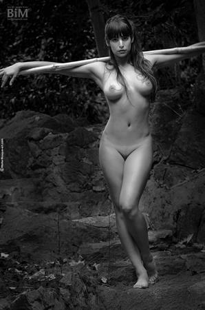 Lola Cane in black and white nudes