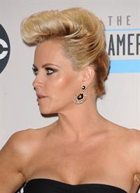 Jenny McCarthy American Music Awards (November 18, 2012)