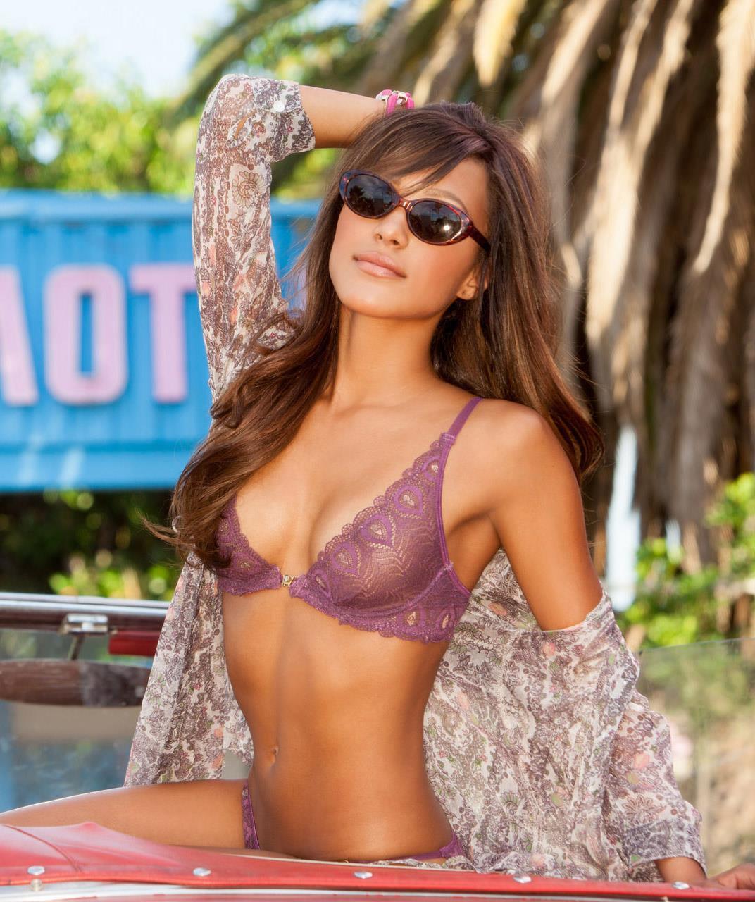 Jaslyn Ome in lingerie - breasts