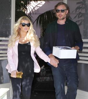 Jessica Simpson at The Ivy in Beverly Hills 2/14/13