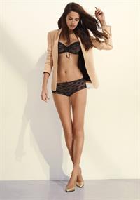Amanda Brandão in lingerie