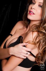 Amber Sym in lingerie