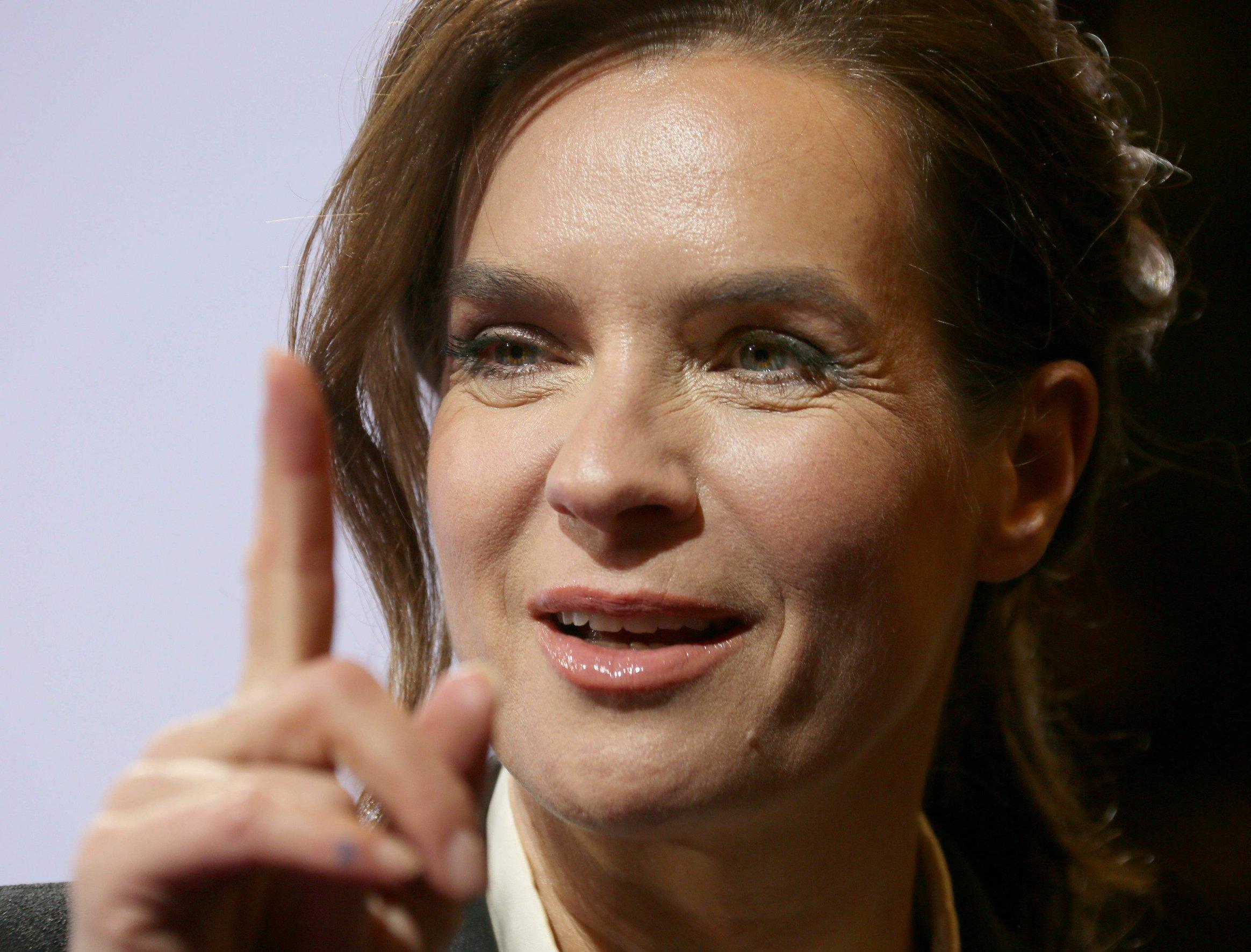 Katarina Witt Premiere  Der Feind in meinem Leben  Berlin January 16, 2013