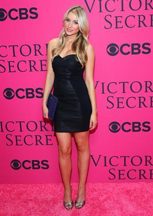 Katrina Bowden – 2013 Victoria's Secret Fashion Show