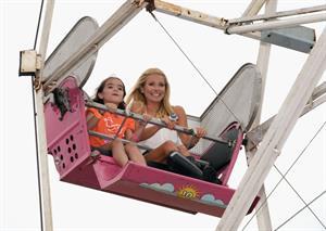Kelly Ripa - OCRF's 15th annual Super Saturday -- Water Mill, Jul. 28, 2012