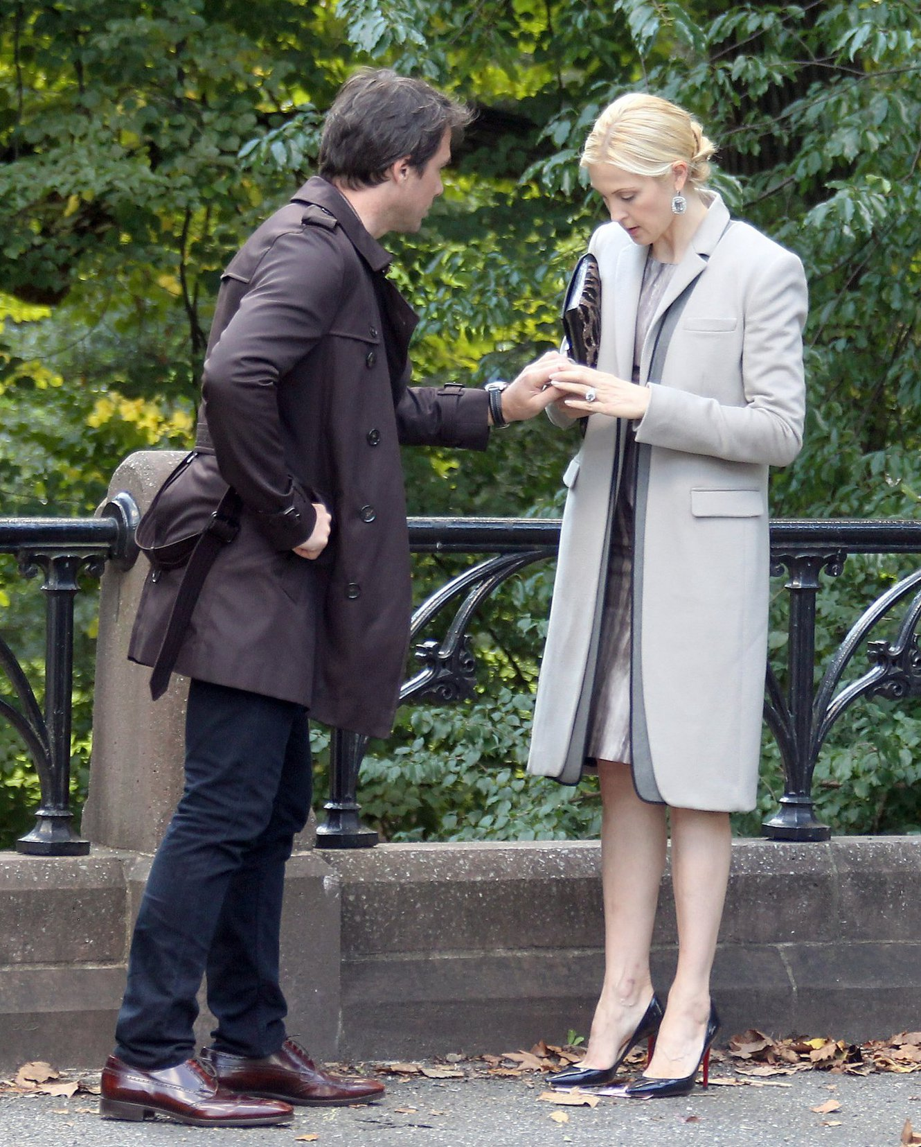 Kelly Rutherford - On the set of Gossip Girl in New York - September 10, 2012