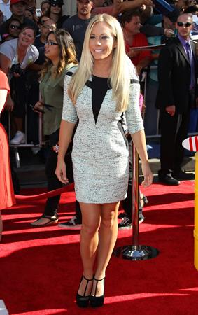 Kendra Wilkinson  Planes  Los Angeles Premiere -- Hollywood, Aug. 5, 2013