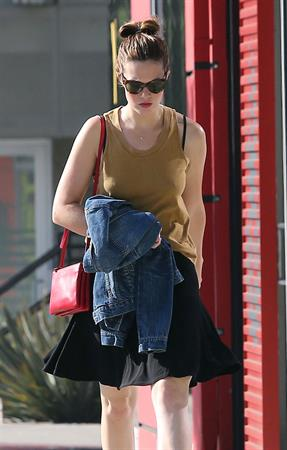 Mandy Moore outside the Coffee Commissary in West Hollywood October 3, 2012