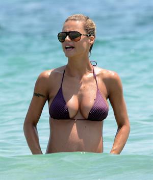 Michelle Hunziker 22Holiday on Ibizza 18.07-21.07.13