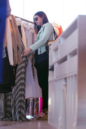 Michelle Trachtenberg - Shopping at intermix in Malibu - July 29, 2012