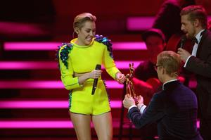 Miley Cyrus – 2013 Bambi Awards in Germany 11/14/13