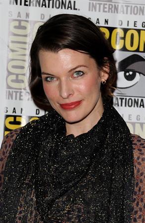 Milla Jovovich -  Resident Evil: Retribution  Press Room at Comic-Con 2012 in San Diego (July 13, 2012)