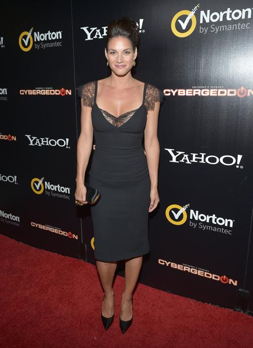 Missy Peregrym Pictures In An Infinite Scroll - 31 Pictures-5297
